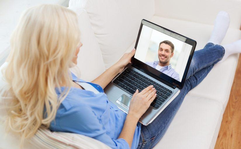 Cum să ai succes la fete pe un site de chat