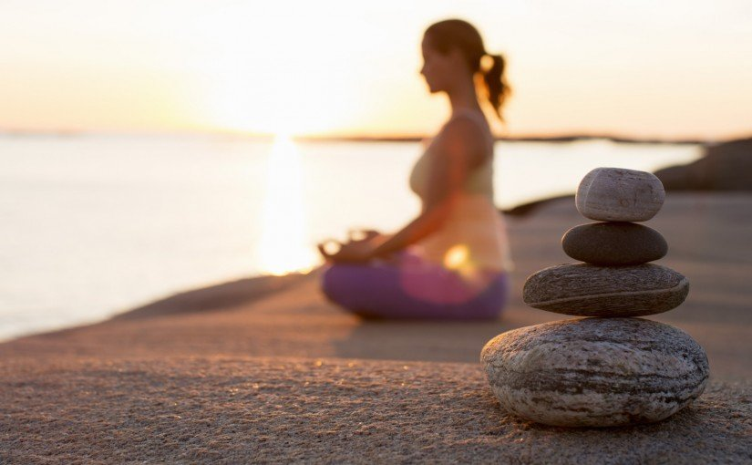 Sfaturi de meditație pentru începători. Cum ne ajută meditația să facem față stresului?