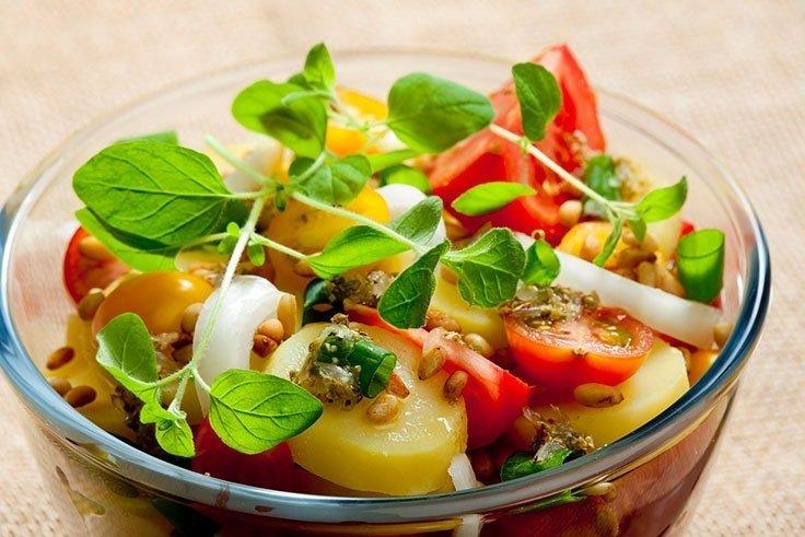 Satui de salatele de vara traditionale? Incercati aceste retete delicoase